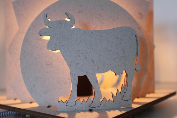 VanHier tafellamp koe